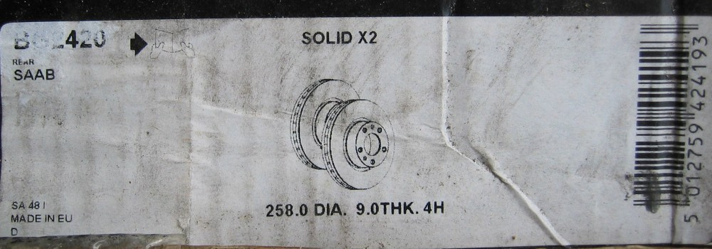 Saab_disc_solid_label.jpg (103189 bytes)