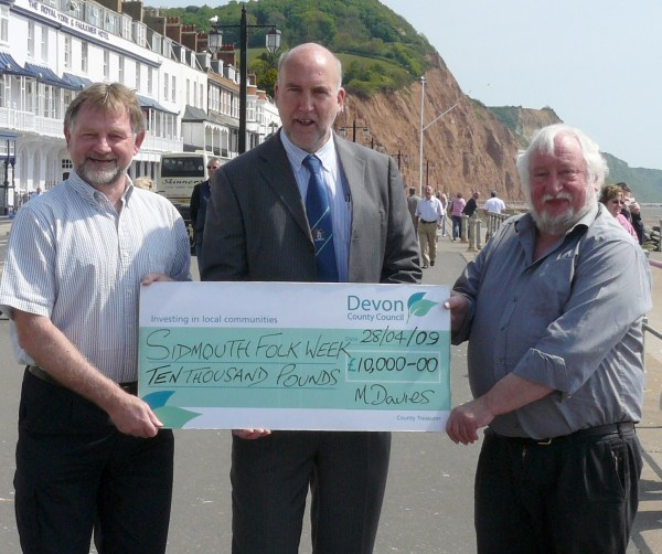 sidmouth DCCcheque 09 crop.jpg (82107 bytes)